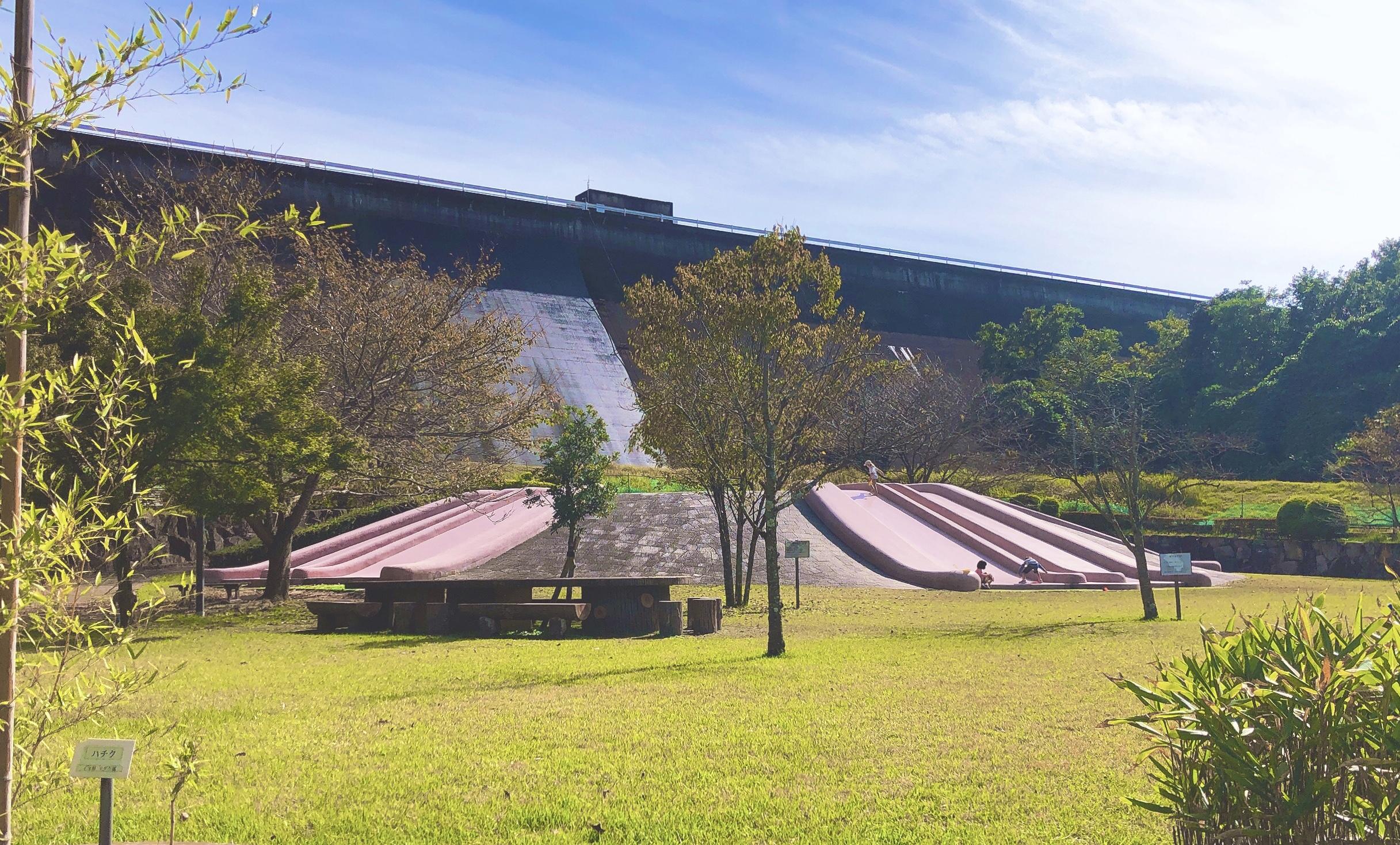 桜山公園すべり台
